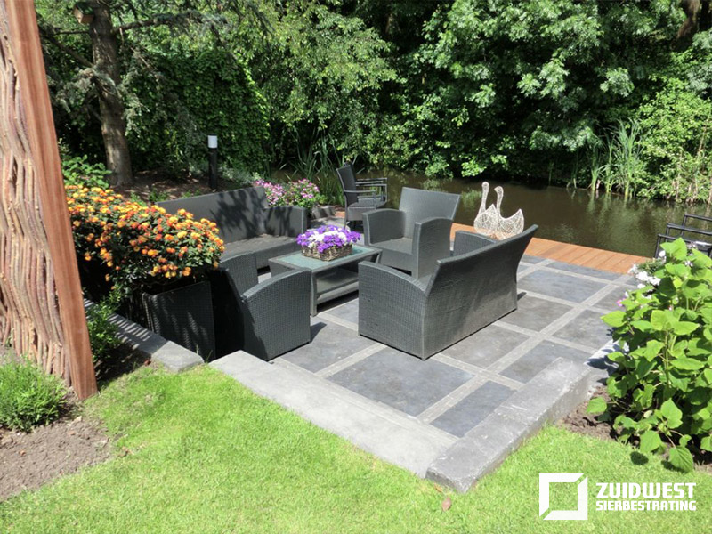 Ons werk ter inspiratie een kleine selectie van onze tuinen for Tuin decoratie met stenen